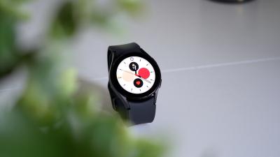 REVIEW Samsung Galaxy Watch 4 - ce poți face cu un smartwatch?