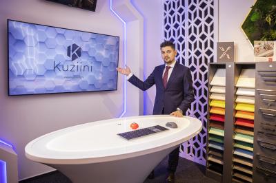 Kuziini: Un showroom de mobilă în care îți configurezi bucătăria 100% digital